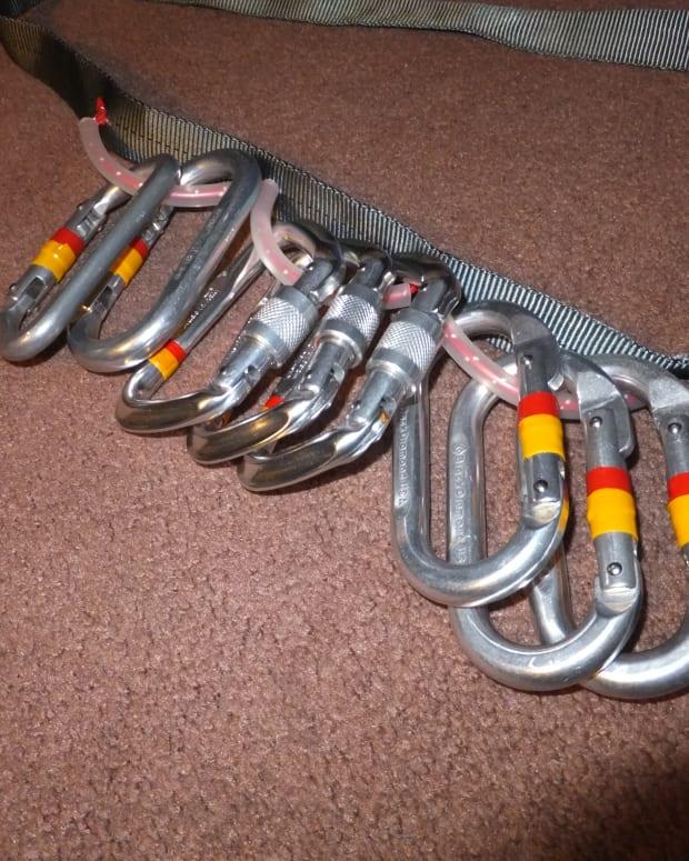 make-a-diy-gear-sling-for-climbing