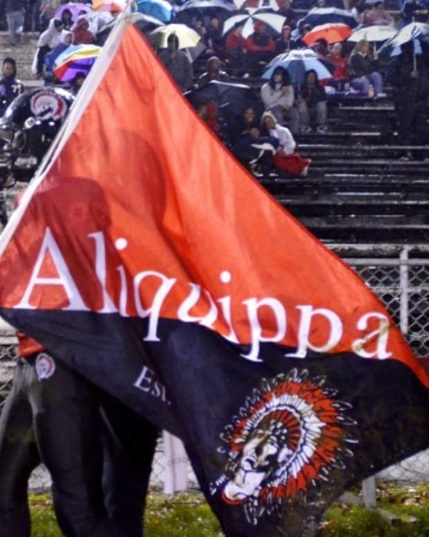 aliquippa-nfl-training-camp