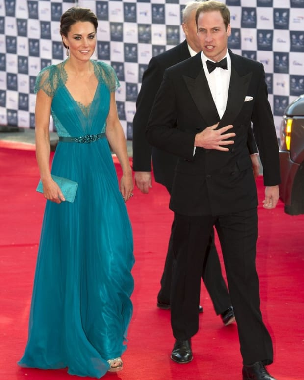 kate-middleton-in-teal-colored-jenny-packham-dress-and-jimmy-choo-shoes-is-this-the-best-kate-middleton-dress-ever