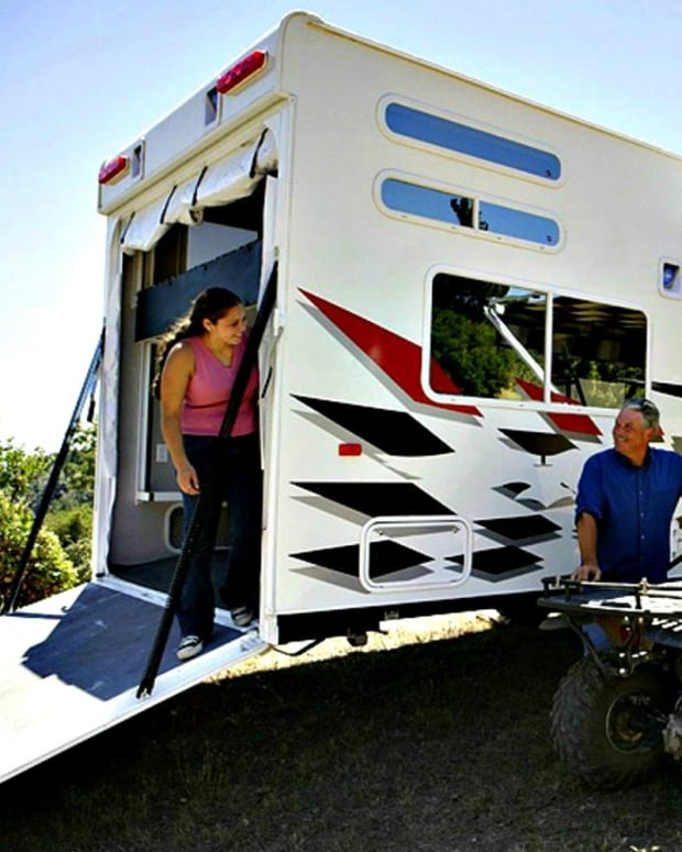 can-i-save-money-living-in-an-rv