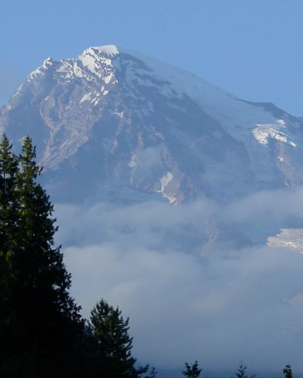 mount-rainier-national-park-travel-guide