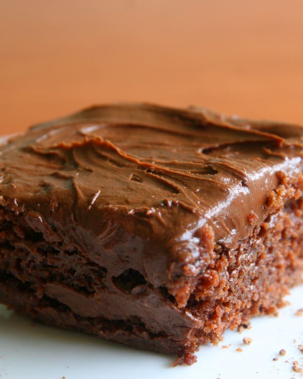 wacky-cake-a-dairy-free-cake-recipe