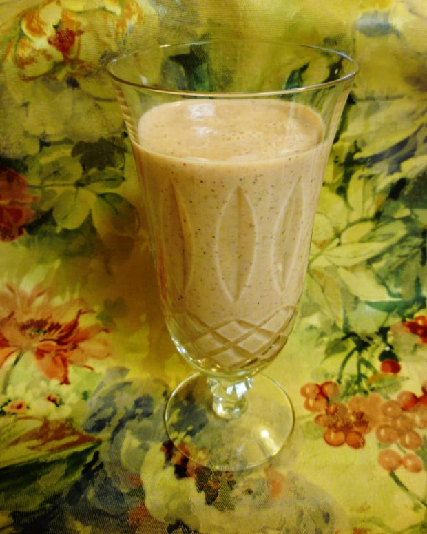 fruit-and-yogurt-smoothie-quick-and-easy-healthy-breakfast-recipe