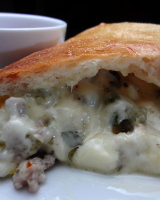 easy-calzone-recipe