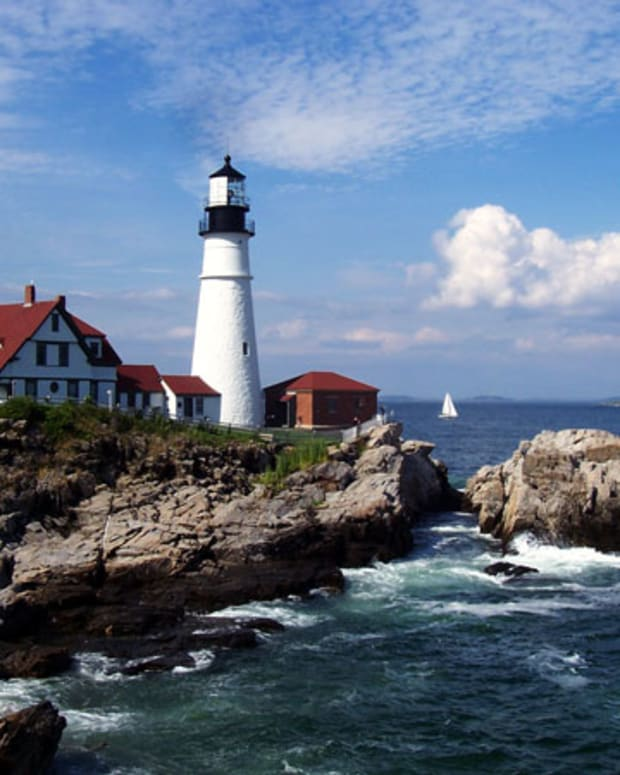 the-lighthouses-of-maine