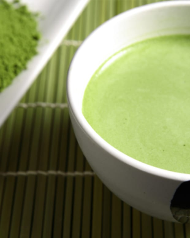 using-matcha-green-tea-for-diy-beauty-home-remedies-to-treat-your-skin-problems