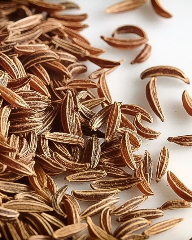 four-good-ways-to-add-flavorful-caraway-seeds-to-a-healthy-diet