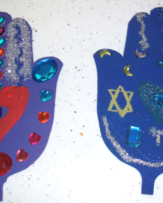 hamsa-wood-craft-for-kids