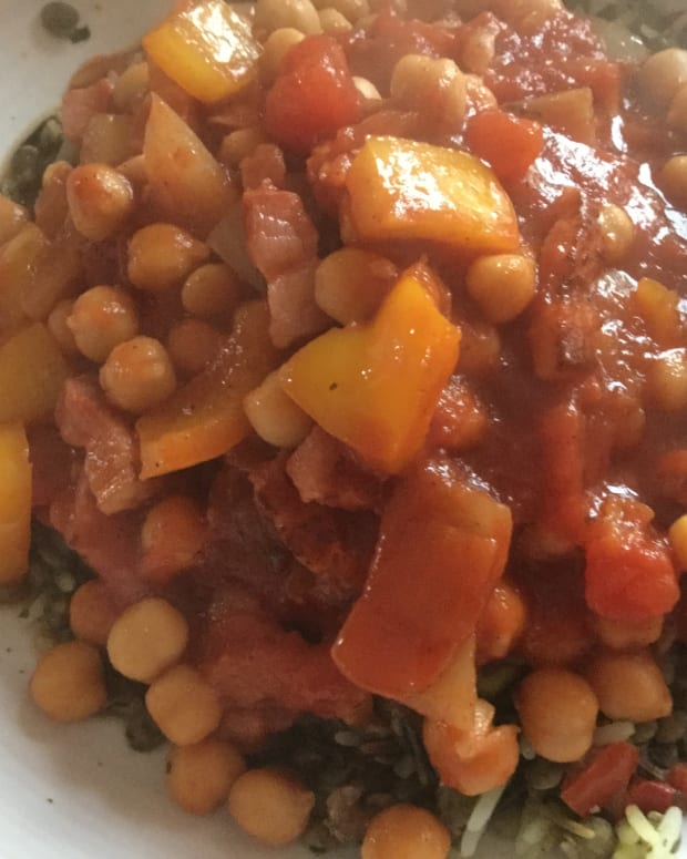 quick-recipe-for-chick-peas-in-spicy-tomato-sauce