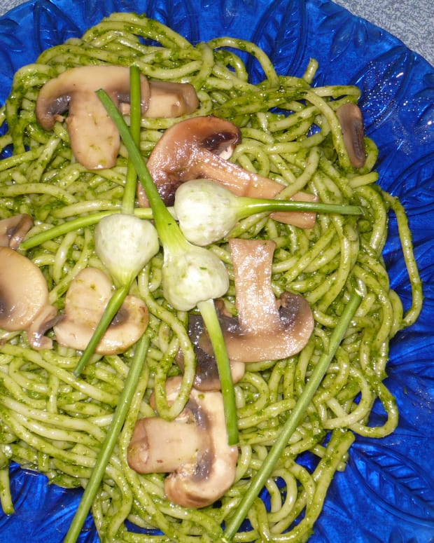 spinach-pesto-a-tasty-change-from-basil-pesto-recipe