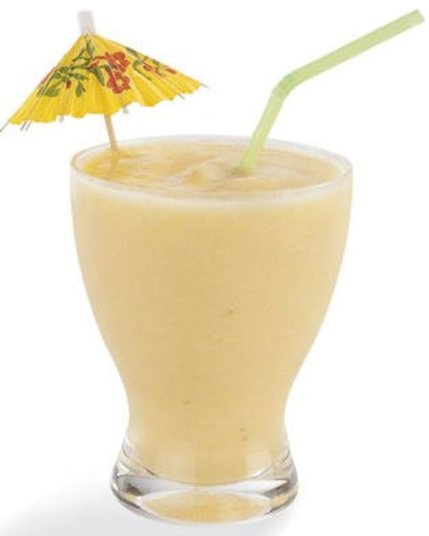 kid-friendly-pina-colada-ice-cream-smoothie