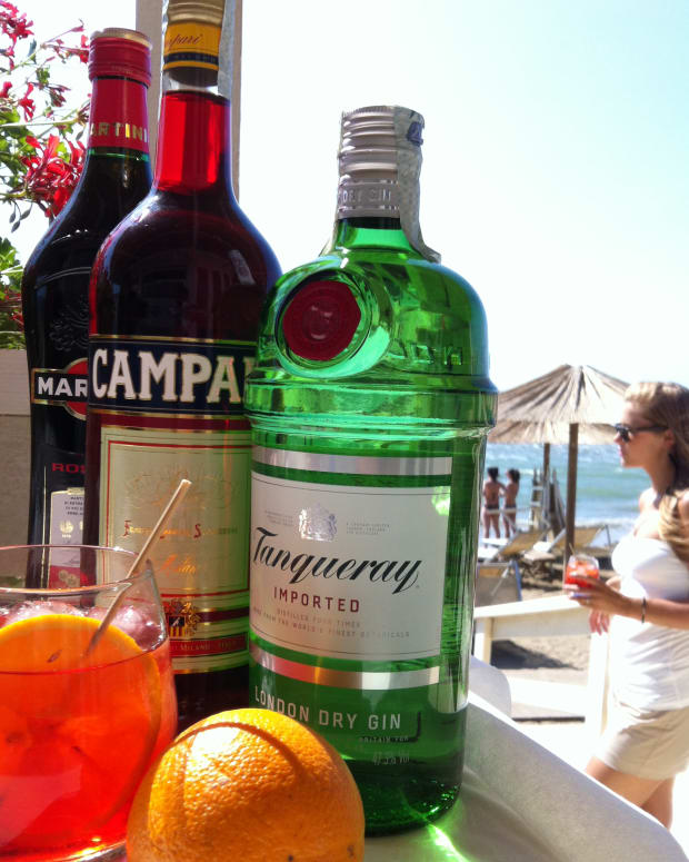 famous-bartender-recipes-negroni