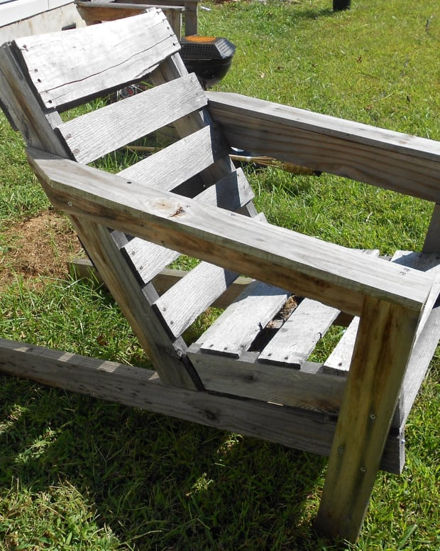 the-best-free-shipping-pallet-chair-plans-on-the-internet