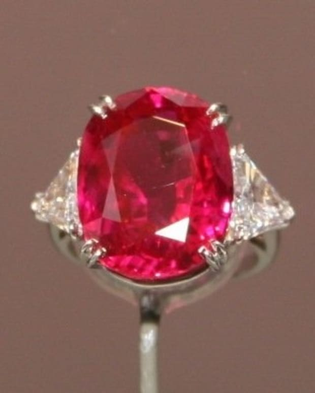 pink-rubies-vs-pink-sapphire