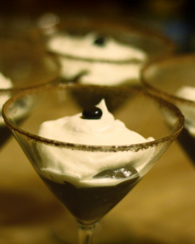how-to-make-pudding-shots-a-vegetarian-alternative-to-jell-o-shots