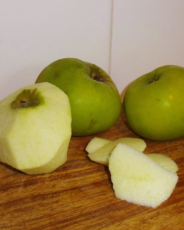 cooking-with-british-bramley-apples