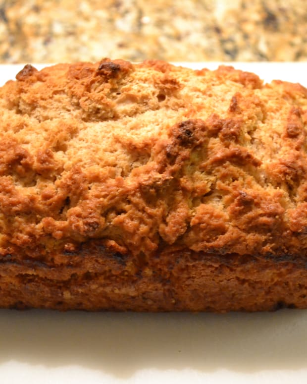 beer-bread-recipe-quick-easy-and-delicious