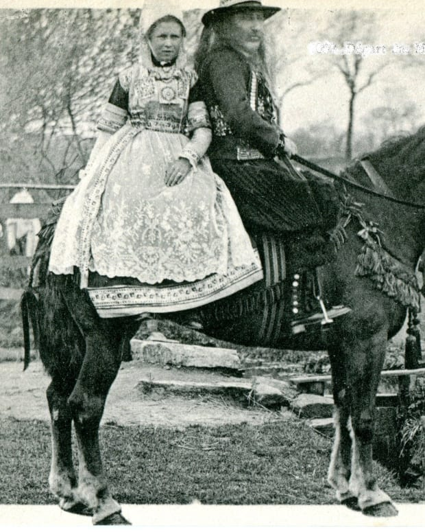 the-side-saddle