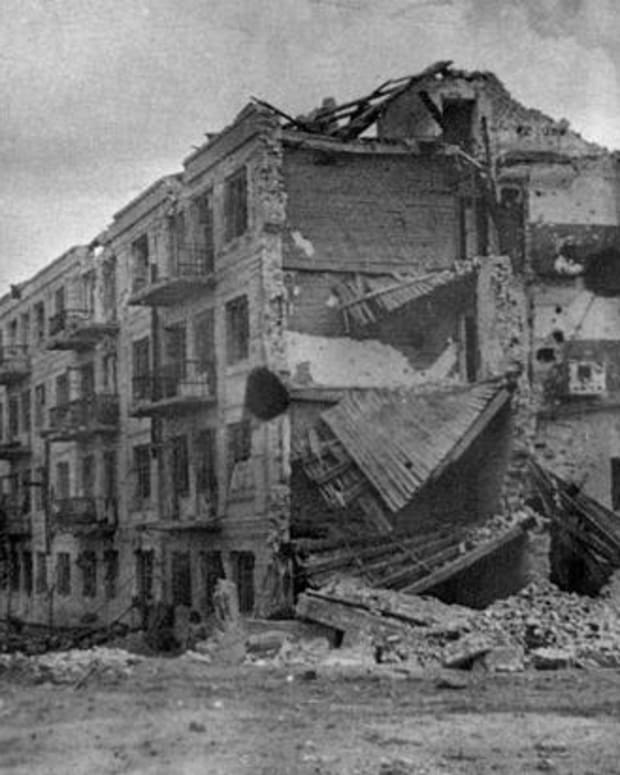 world-war-2-history-pavlovs-house-in-stalingrad-they-shall-not-pass