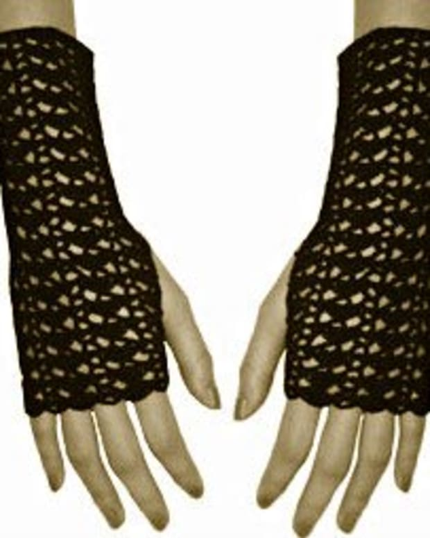 free-crochet-pattern-vintage-style-fingerless-gloves