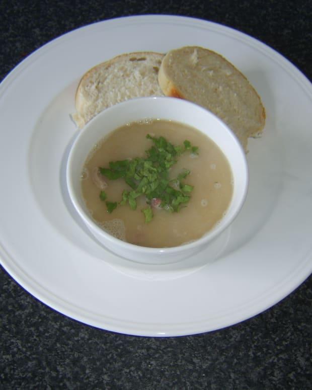 navy-bean-and-ham-soup-recipe