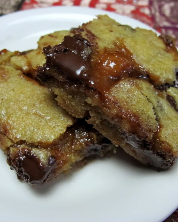 chocolate-chip-blondie