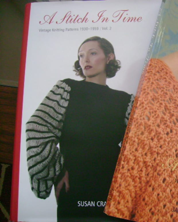 review-of-a-stitch-in-time-vols-1-2-knitting-books
