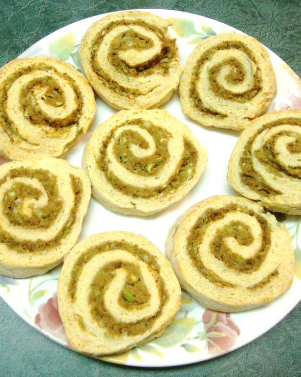 savory-turkey-filled-biscuit-spirals