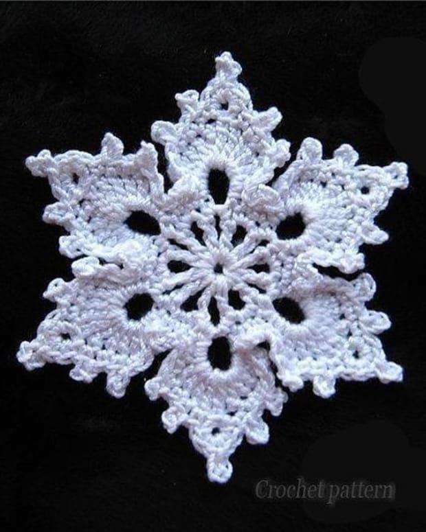 crochet-snowflakes