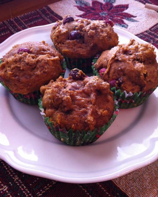 cranberry-muffin-recipes-using-fresh-cranberries