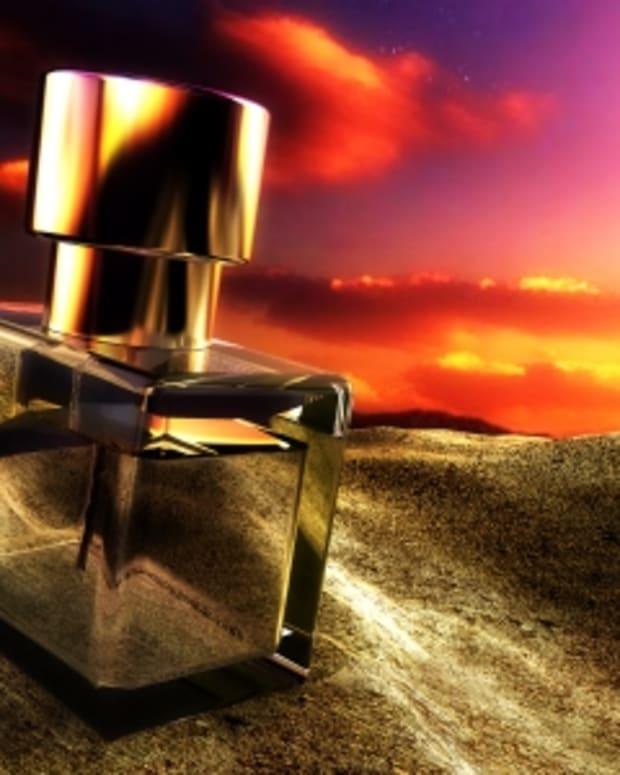 how-to-make-perfume-fragrance-last-longer