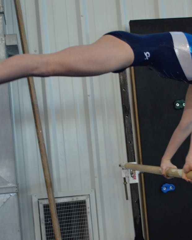 10-skills-every-gymnast-should-know