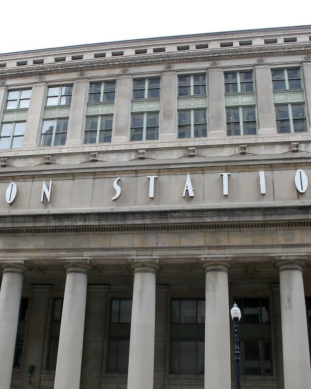 tips-for-traveling-on-amtrak-at-chicagos-union-station