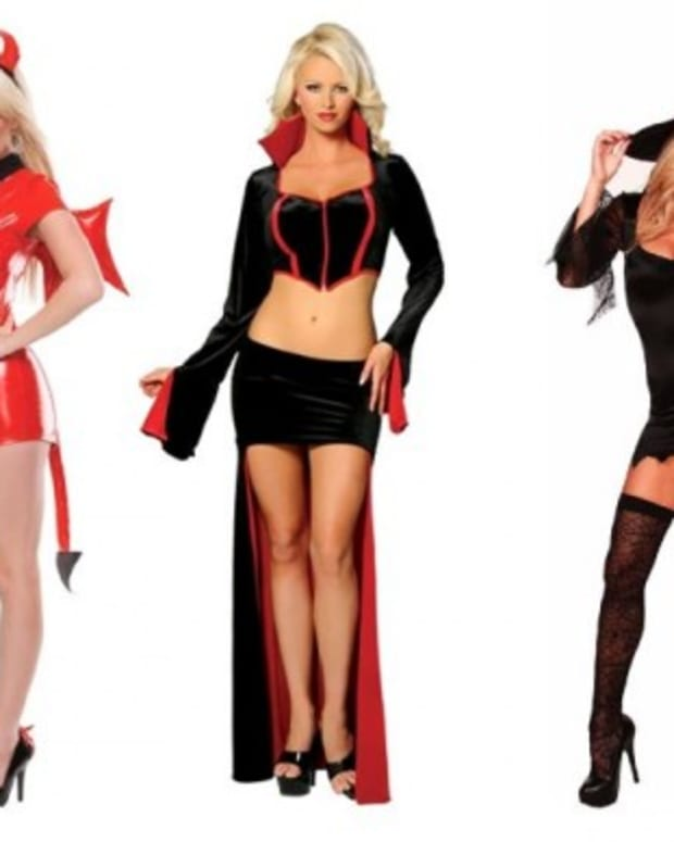 monster-halloween-costumes-men-vs-women