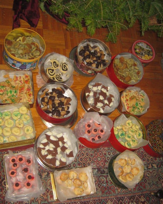 how-to-make-lots-of-christmas-cookies-all-at-once