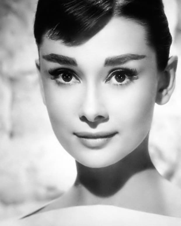 50-things-a-girl-can-learn-from-audrey-hepburn