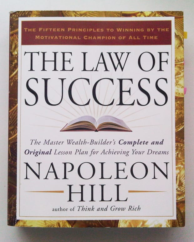 the-law-of-success-by-napoleon-hill-a-quick-overview