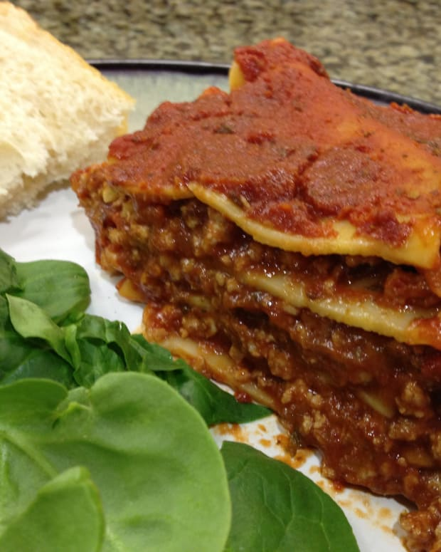 easy-cheeseless-lasagna