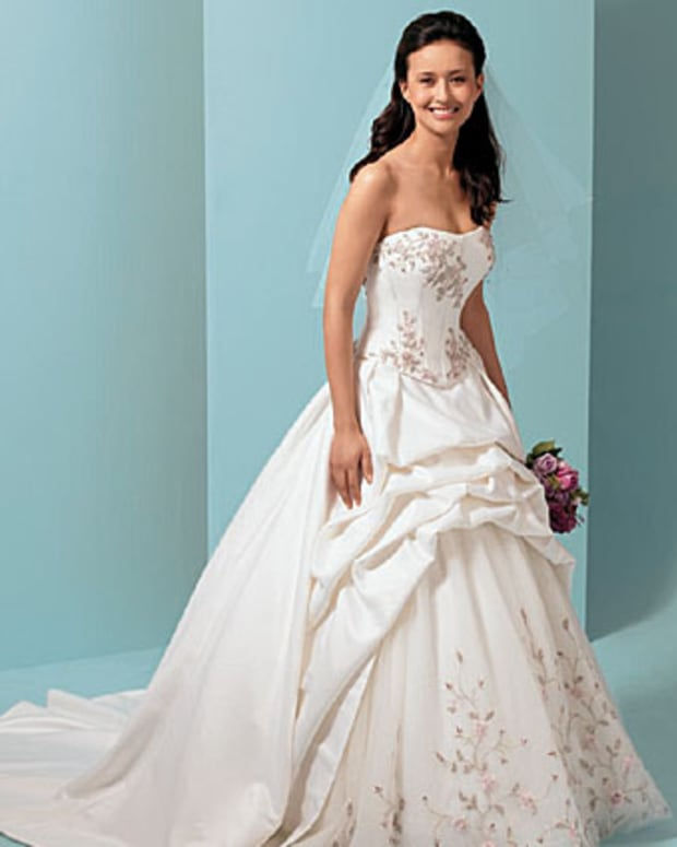 the-perfect-wedding-dress-for-your-figure