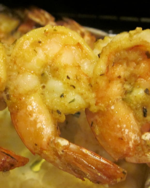 easy-shrimp-skewers-for-two-healthy-seafood-dinner