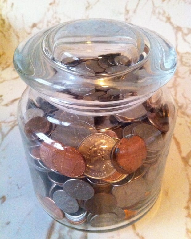 how-to-collect-your-spare-change-for-extra-money