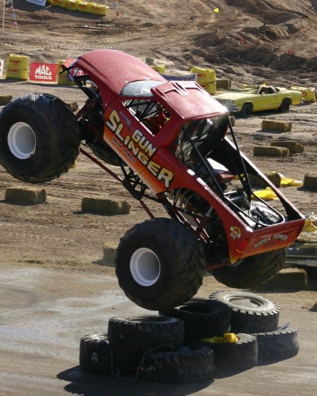 monster-truck-madness
