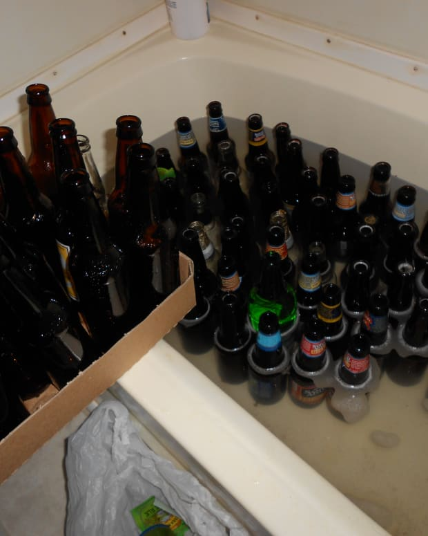 how-to-clean-beer-bottles-for-homebrew