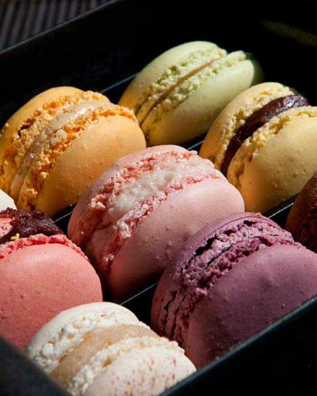 ladure-vs-mcdonalds-macarons-blind-taste-test