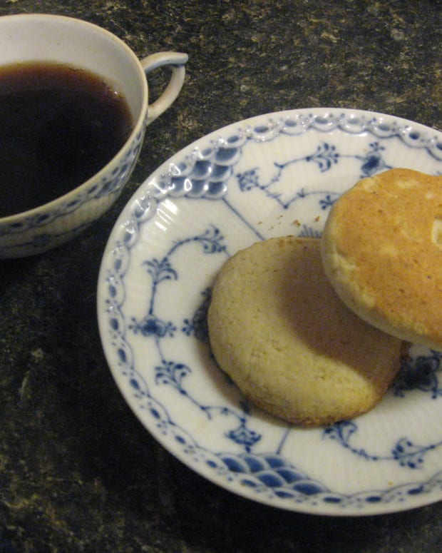 old-fashioned-recipe-tea-cakes
