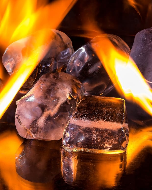 an-end-of-the-world-poem-by-robert-frost-fire-and-ice