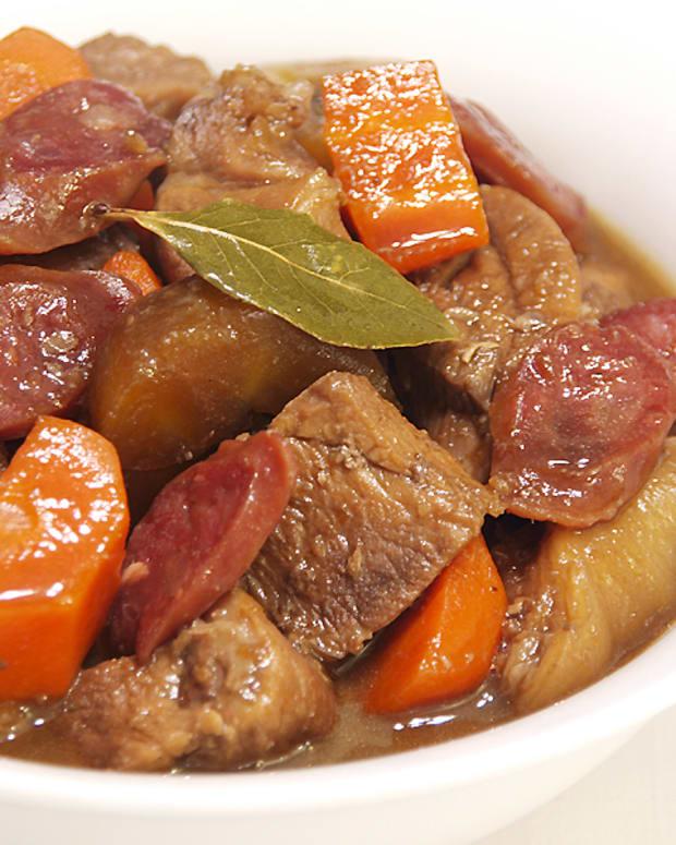 a-taste-of-ilonggo-cuisine-pork-estofado