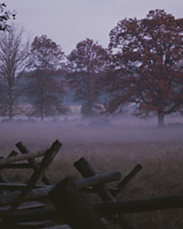 whispers-from-the-past-a-ghost-walk-in-gettysburg