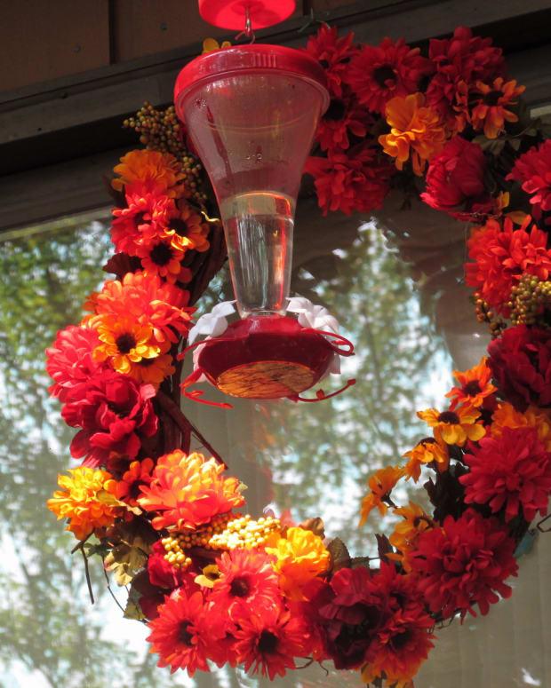 how-to-make-a-hummingbird-feeder-wreath
