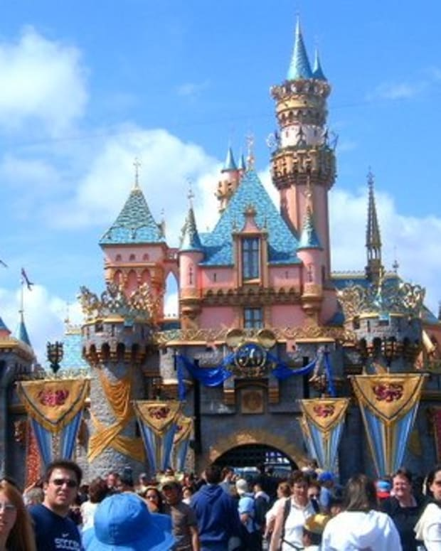 the-disney-company-success-strategies-and-risk-factors